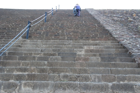 Steep steps up the Pyramid of the Sun