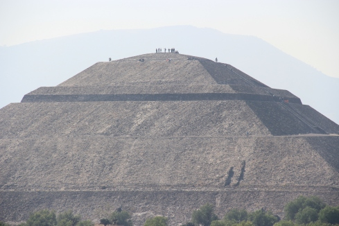 Pyramid of the Sun (70m high)