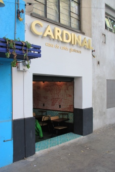 Cardinal's 2nd Location, Ciondesa