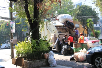 Hand sorting at curbside